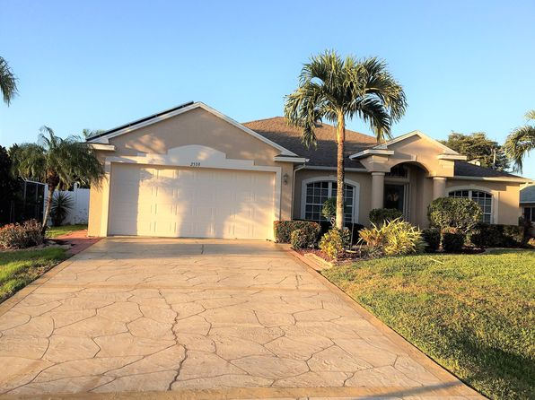 4 bed 2 bath Single Family at 2539 SW 37th Ter Cape Coral, FL, 33914 is for sale at 320k - 1 of 49