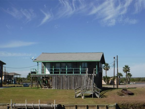 1 bed 1 bath Single Family at 1299 Cr 201 Carancahua Sargent, TX, 77414 is for sale at 118k - 1 of 11