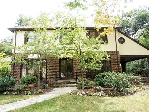 3 bed 3 bath Single Family at 1351 Oakridge Dr Cleveland Heights, OH, 44121 is for sale at 227k - 1 of 37
