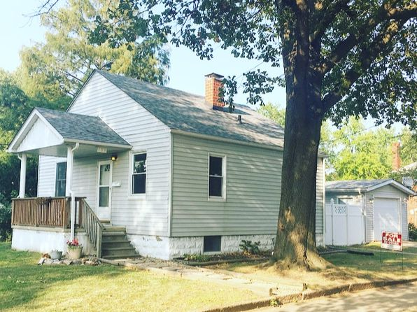 2 bed 1 bath Single Family at 139 Eaton Ave Wood River, IL, 62095 is for sale at 76k - 1 of 12