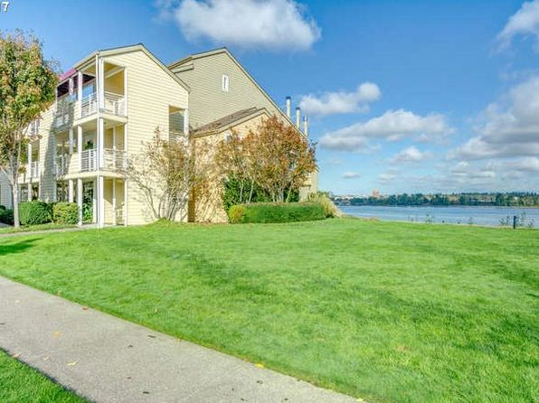2 bed 2 bath Condo at 295 N Hayden Bay Dr Portland, OR, 97217 is for sale at 360k - 1 of 32