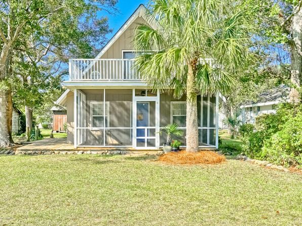 4 bed 2 bath Single Family at 2018 Waterloo St SW Ocean Isle Beach, NC, 28469 is for sale at 165k - 1 of 39