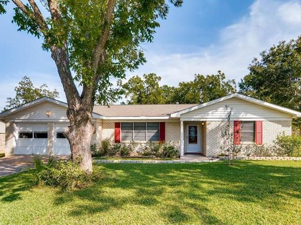 3 bed 2 bath Single Family at 11601 N Oaks Dr Austin, TX, 78753 is for sale at 273k - 1 of 22