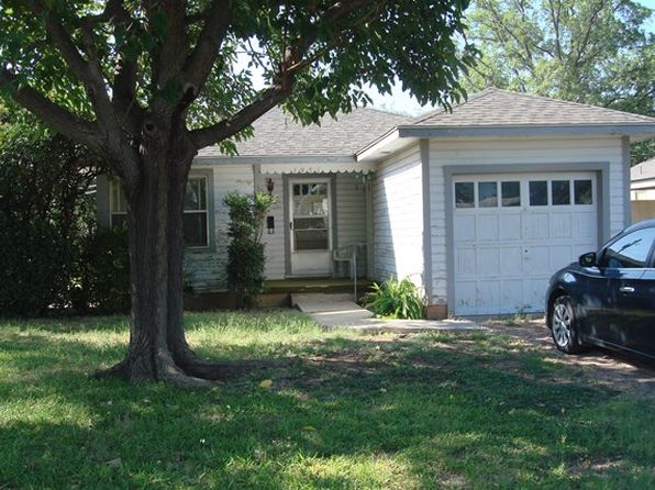 2 bed 1 bath Single Family at 1951 Guadalupe St San Angelo, TX, 76901 is for sale at 58k - 1 of 7