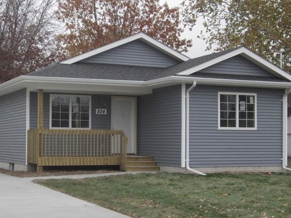 3 bed 2 bath Single Family at 3413 E 39TH ST DES MOINES, IA, 50317 is for sale at 165k - 1 of 14