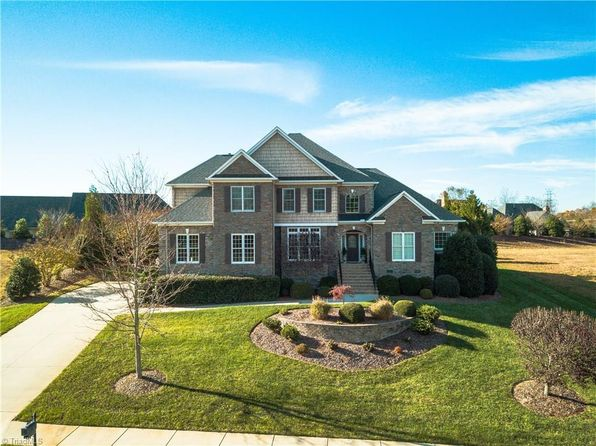 4 bed 3.5 bath Single Family at 2889 Saint Giles Ct High Point, NC, 27262 is for sale at 435k - 1 of 18