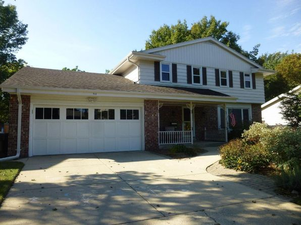 4 bed 3 bath Single Family at 711 Walnut St South Milwaukee, WI, 53172 is for sale at 235k - 1 of 21