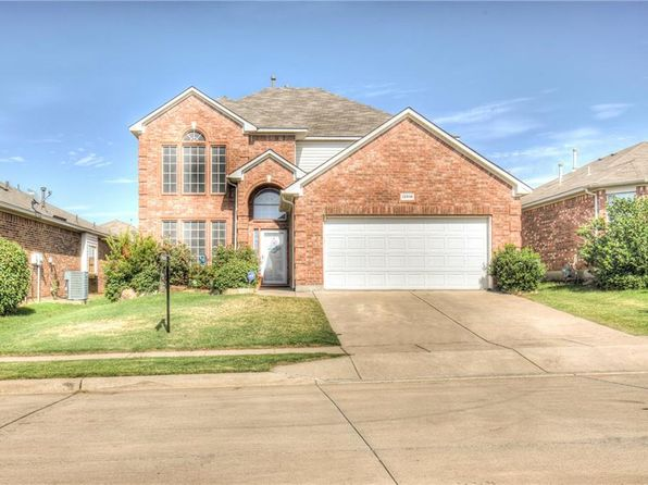 4 bed 3 bath Single Family at 12816 Old Macgregor Ln Fort Worth, TX, 76244 is for sale at 250k - 1 of 29