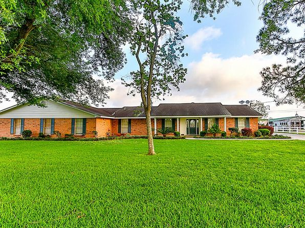 5 bed 3 bath Single Family at 11601 N L St La Porte, TX, 77571 is for sale at 875k - 1 of 31