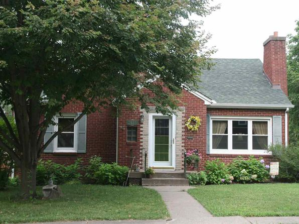 3 bed 2 bath Single Family at 2418 Glen Pl Davenport, IA, 52804 is for sale at 169k - 1 of 24