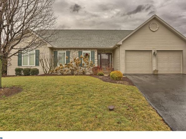 3 bed 2 bath Single Family at 138 N Cacoosing Dr Reading, PA, 19608 is for sale at 230k - 1 of 25