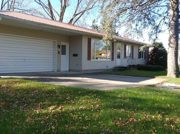 3 bed 2 bath Single Family at 112 Harbert St SW Shellsburg, IA, 52332 is for sale at 130k - 1 of 13
