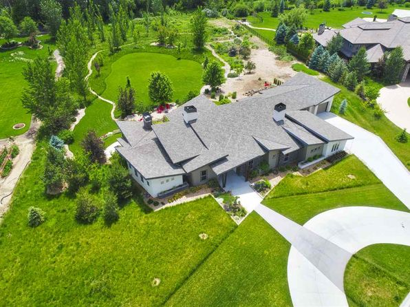 4 bed 3.5 bath Single Family at 2094 N Vizcaya Pl Eagle, ID, 83616 is for sale at 875k - 1 of 25