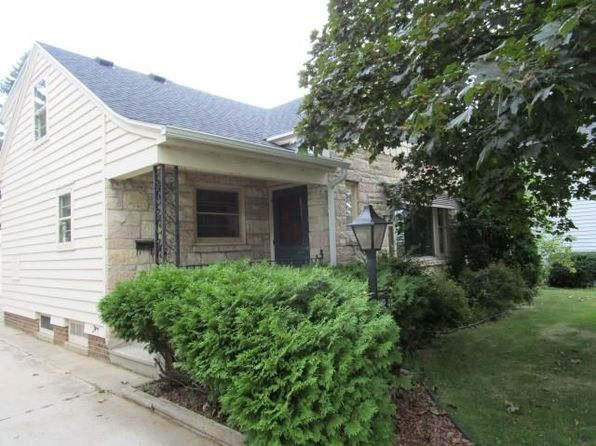 4 bed 2 bath Single Family at 1824 Michigan Ave Manitowoc, WI, 54220 is for sale at 94k - 1 of 20