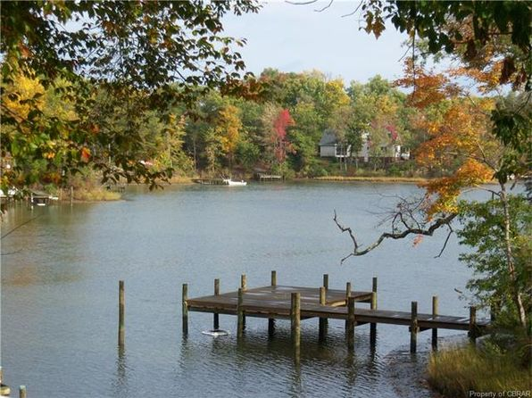 null bed null bath Vacant Land at 000 Howard St Middlesex, VA, 23175 is for sale at 280k - 1 of 4
