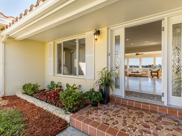2 bed 2 bath Single Family at 2241 E Vina Del Mar Blvd St Pete Beach, FL, 33706 is for sale at 900k - 1 of 32