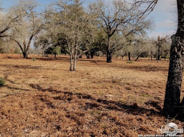 null bed null bath Vacant Land at 722 Eagle Creek Dr Floresville, TX, 78114 is for sale at 60k - 1 of 5