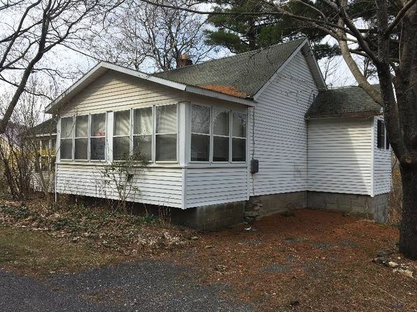 2 bed 1 bath Single Family at 31 North Rd Voorheesville, NY, 12186 is for sale at 25k - 1 of 12