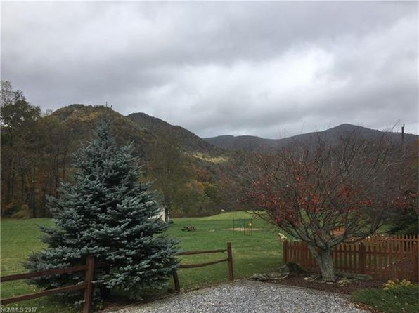 1 bed 1 bath Single Family at 14 Valentine Dr Maggie Valley, NC, 28751 is for sale at 70k - 1 of 12