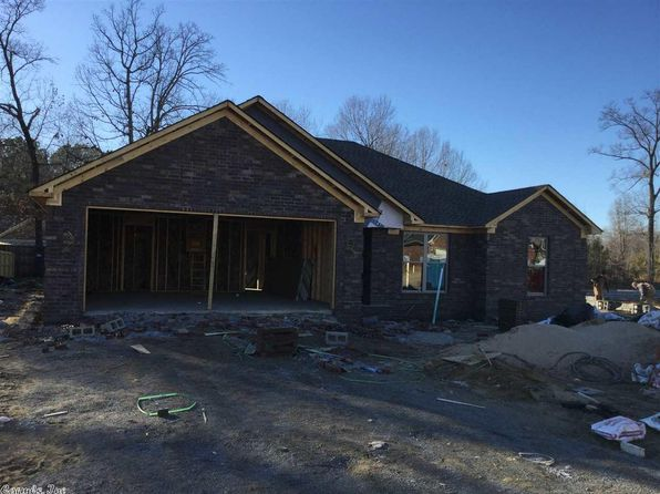 3 bed 2 bath Single Family at 26 Weatherwood Dr Greenbrier, AR, 72058 is for sale at 156k - google static map