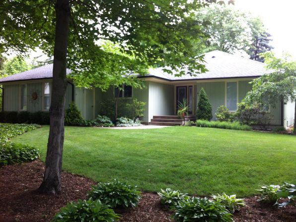 2 bed 3 bath Single Family at 631 Grand St Saugatuck, MI, 49453 is for sale at 459k - 1 of 36