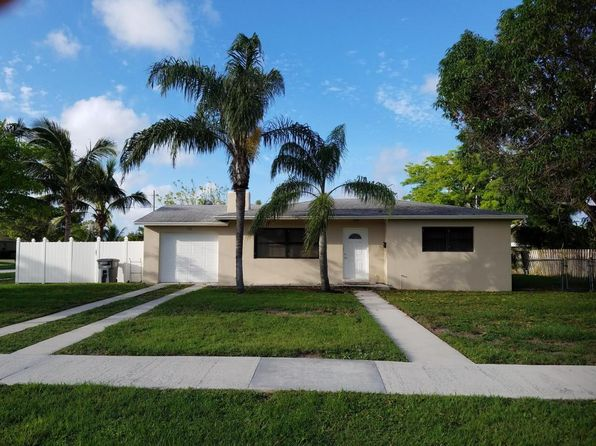 2 bed 1 bath Single Family at 755 GREENBRIAR DR WEST PALM BEACH, FL, 33403 is for sale at 249k - 1 of 14