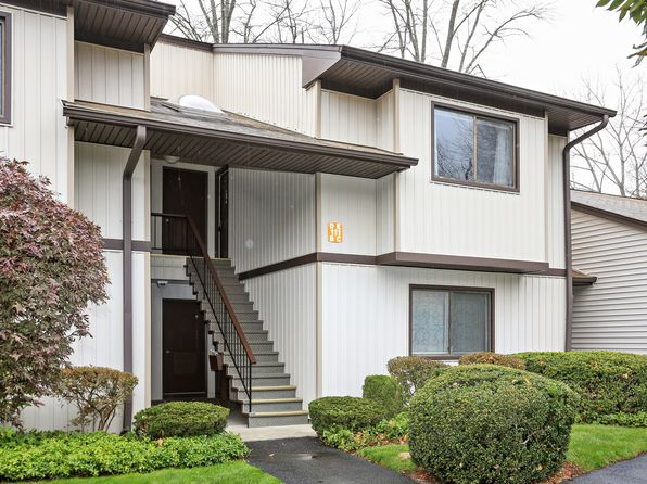 1 bed 1 bath Condo at 111 Village Rd Yorktown Heights, NY, 10598 is for sale at 155k - 1 of 18