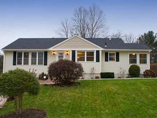 3 bed 1 bath Single Family at 3 Stuart St Oxford, MA, 01540 is for sale at 250k - 1 of 18