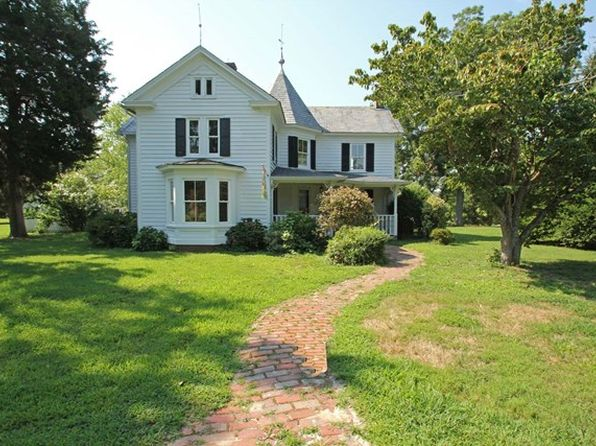 4 bed 3 bath Single Family at 248 Cardinal Ln White Stone, VA, 22578 is for sale at 525k - 1 of 46