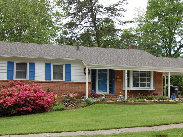4 bed 3 bath Single Family at 5016 Chanticleer Ave Annandale, VA, 22003 is for sale at 590k - 1 of 25