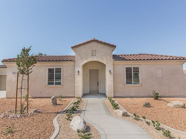 3 bed 3 bath Single Family at 7989 Borrego Ct Yucca Valley, CA, 92284 is for sale at 297k - 1 of 34