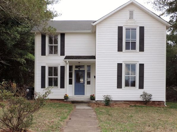 3 bed 3 bath Single Family at 611 Jeter St Bedford, VA, 24523 is for sale at 199k - 1 of 53