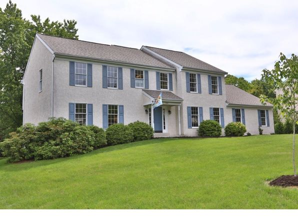 5 bed 3 bath Single Family at 802 Country Rd Downingtown, PA, 19335 is for sale at 499k - 1 of 25