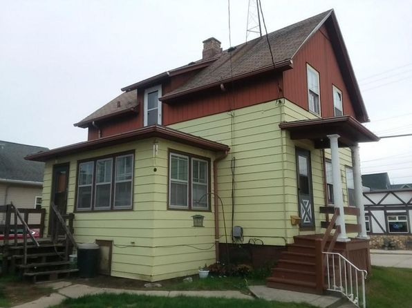 2 bed 2 bath Single Family at 1523 19th St Two Rivers, WI, 54241 is for sale at 40k - 1 of 12