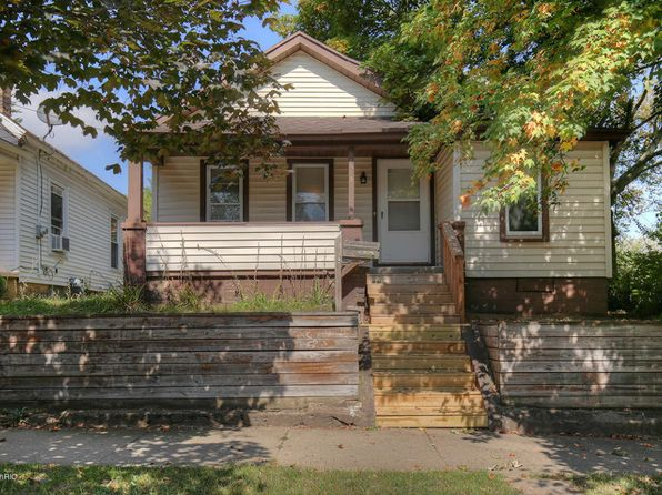 2 bed 1 bath Single Family at 1015 3rd St NW Grand Rapids, MI, 49504 is for sale at 95k - 1 of 15