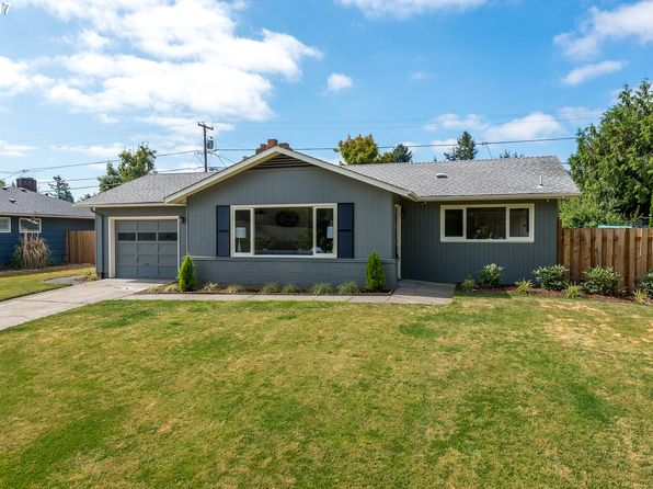 3 bed 2 bath Single Family at 13618 NE Brazee Ct Portland  OR  97230. 3218 Ne 142nd Ave  Portland  OR  97230   RealEstate com