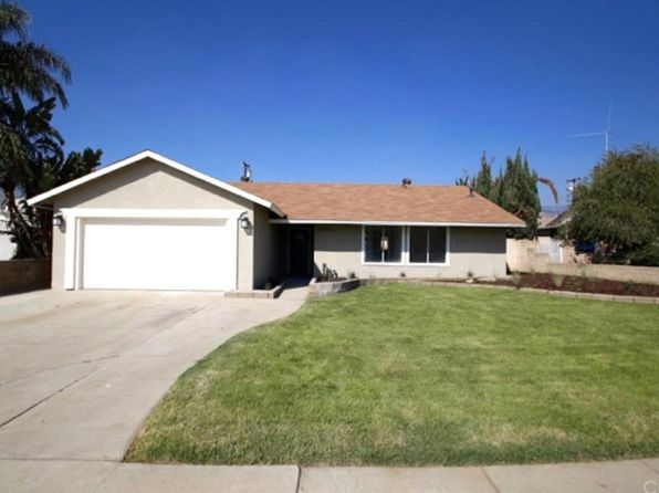 4 bed 2 bath Single Family at 27004 Fisher St Highland, CA, 92346 is for sale at 300k - 1 of 19