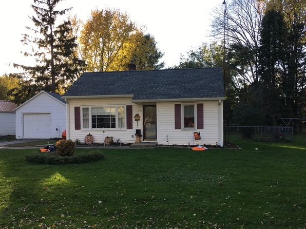 2 bed 1 bath Single Family at 609 S Thomas St Westfield, WI, 53964 is for sale at 80k - 1 of 13