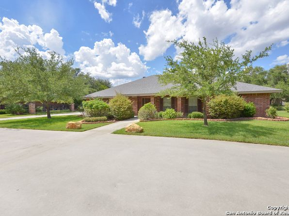 4 bed 3 bath Single Family at 1710 Strait Ln Pleasanton, TX, 78064 is for sale at 335k - 1 of 25