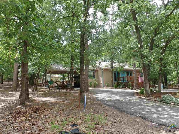 3 bed 2 bath Single Family at 210 Magnolia Ln Holly Lake Ranch, TX, 75765 is for sale at 148k - 1 of 33