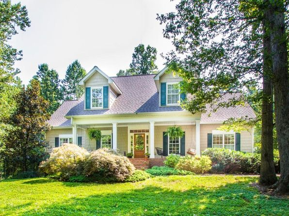 4 bed 5 bath Single Family at 110 DEERFIELD LN LENOIR CITY, TN, 37772 is for sale at 800k - 1 of 39