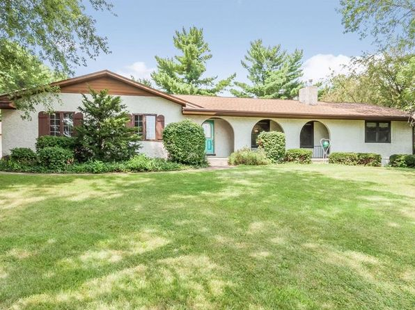 4 bed 2.5 bath Single Family at 6050 Beverly Rd SW Cedar Rapids, IA, 52404 is for sale at 360k - 1 of 17