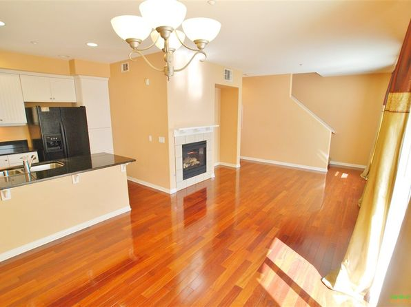 2 bed 3 bath Townhouse at 765 Harbor Cliff Way Oceanside, CA, 92054 is for sale at 445k - 1 of 17