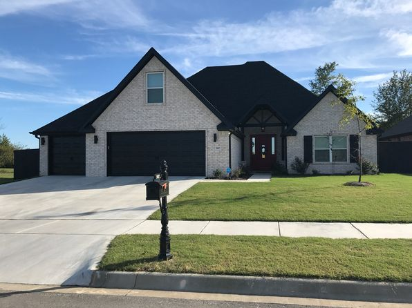 5 bed 3 bath Single Family at 5807 W Poison Springs Dr Fayetteville, AR, 72704 is for sale at 330k - 1 of 27
