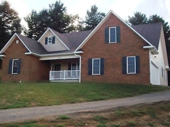 3 bed 2 bath Single Family at 102 Carriage Dr Galax, VA, 24333 is for sale at 226k - 1 of 45