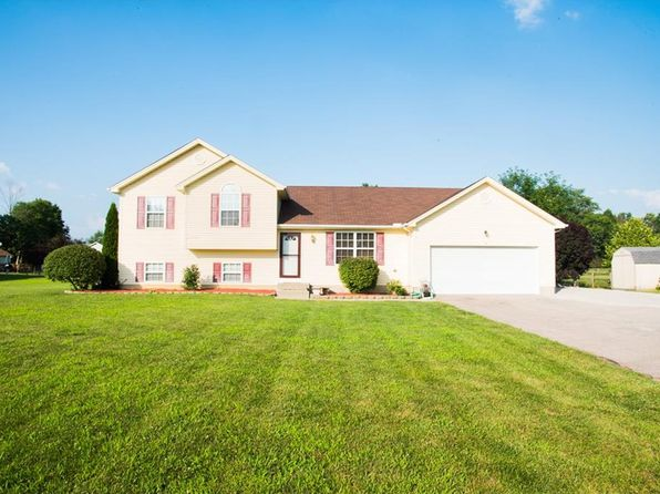 4 bed 3 bath Single Family at 638 Blazing Trl Oregonia, OH, 45054 is for sale at 205k - 1 of 17
