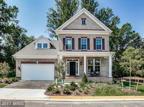 4 bed 4 bath Single Family at 6202 Champion Oak Ct Falls Church, VA, 22044 is for sale at 890k - 1 of 28