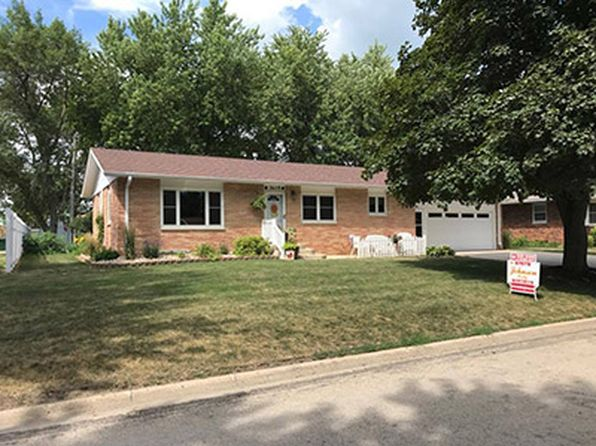 4 bed 2 bath Single Family at 3105 2nd St Emmetsburg, IA, 50536 is for sale at 170k - 1 of 9