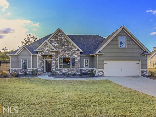 4 bed 4 bath Single Family at 130 Kenwood Trl Senoia, GA, 30276 is for sale at 353k - 1 of 36