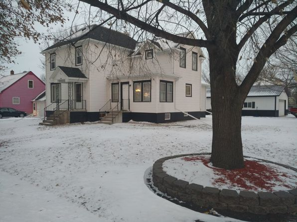3 bed 2 bath Single Family at 601 N Main St Winthrop, MN, 55396 is for sale at 165k - 1 of 28